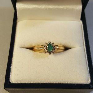 Vintage 1K Natural Emerald Diamond Ring 10k Gold